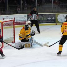 Die Ulmer bissen sich am Goalie der Amberger die Zähne aus. Foto: Willpics4u